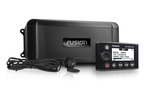FUSION MS-BB300R, AM / FM / Bluetooth / USB / 2 x AUX / iPod / iPhone / MTP / SiriusXM™ vorbereitet