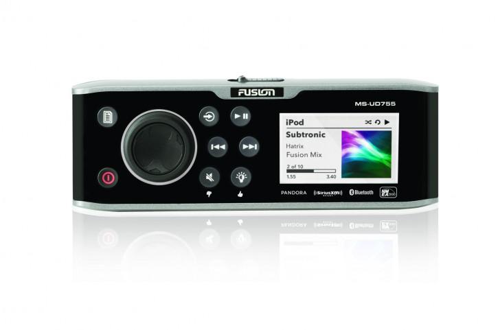 FUSION MS-UD755, mit Uni-Dock, AM/FM/iPod/USB - Fusion Link™