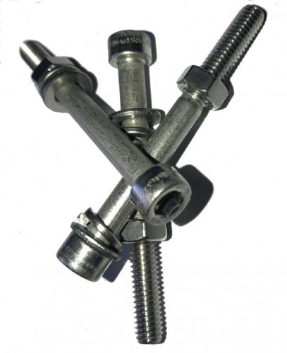 RR Schraubensatz M6 x 130