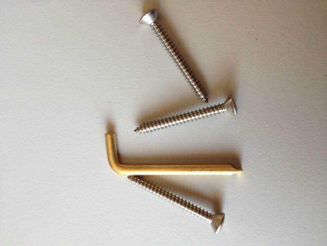 Suunto Kompensationsschlüssel und Schrauben für F-135